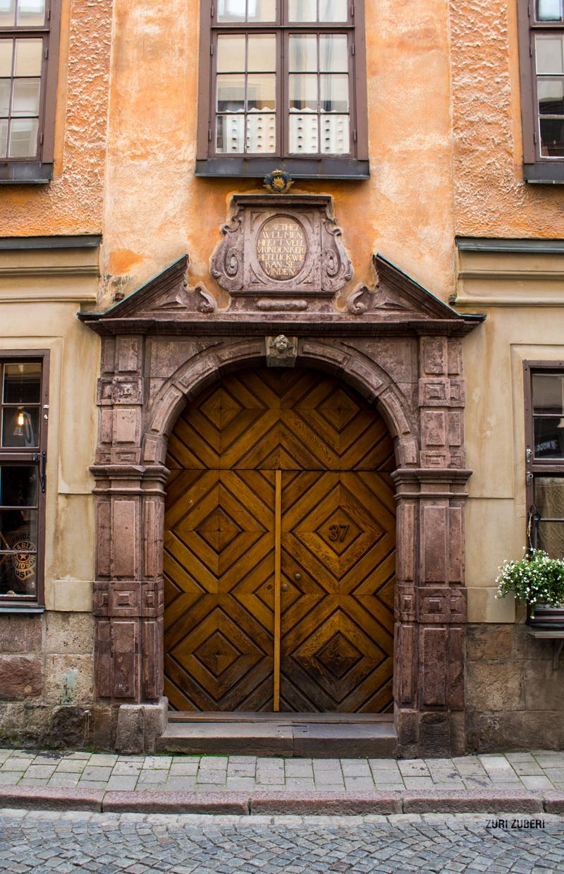 Zuri_Zuberi_STHML_Old-Town_9
