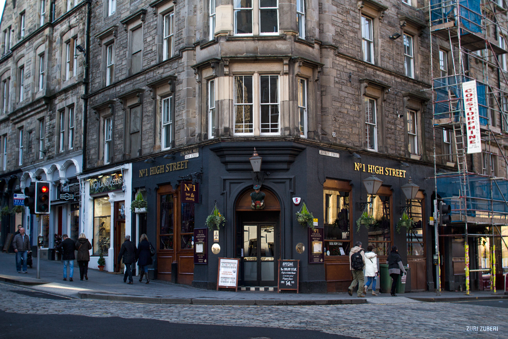 Bonny Edinburgh