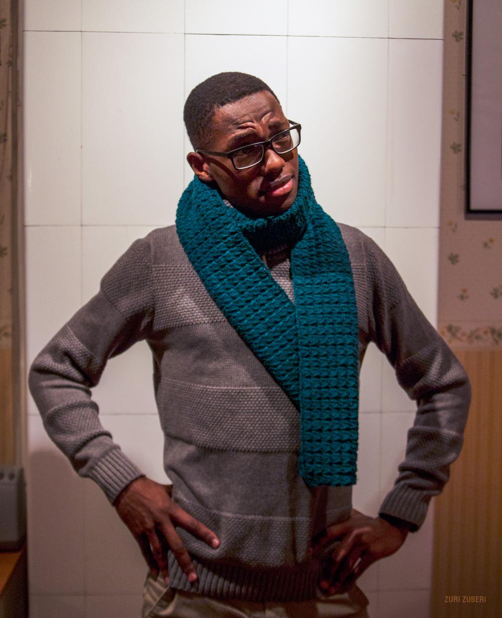 Zuri_Zuberi_teal_scarf_4