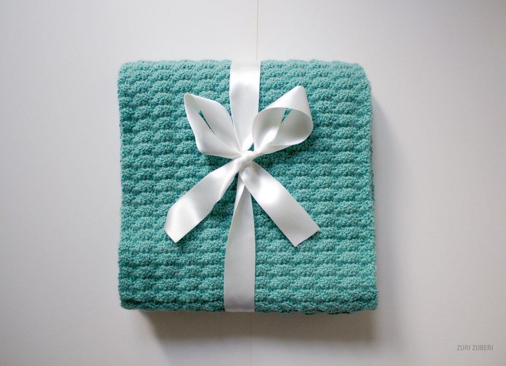 zuri_zuberi_mint_crocheted_scarf_4
