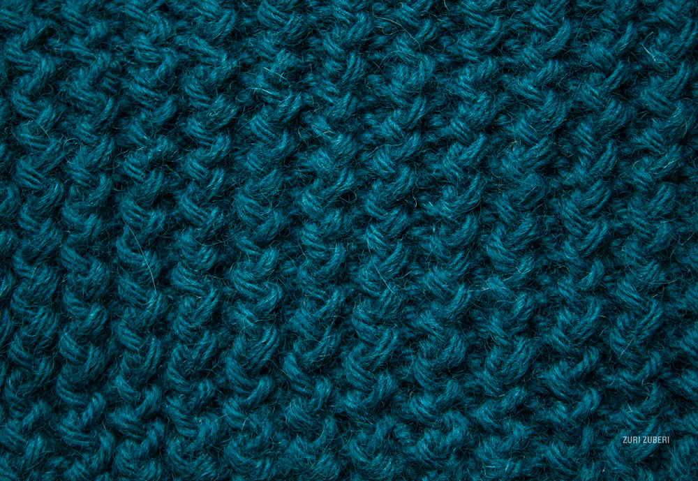Zuri_Zuberi_knitted_swatches_7